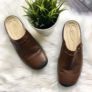 KEEN Brown Leather Mules Clogs Women's 10 EUC
